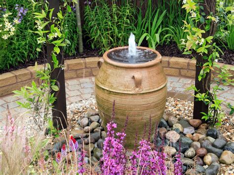Garden Focal Point Ideas How To Create A Relaxing Garden Relaxing Garden Ideas Hgtv