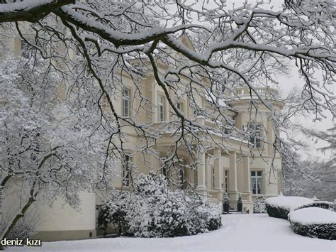 winter houses english country house in snow a lovely english home