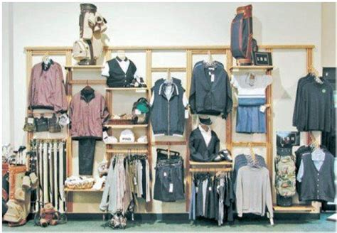 exle 2 display newlock wood display system store fixtures allen display store