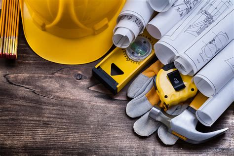 General Contractors Insurance Guide: Tips on Saving & More