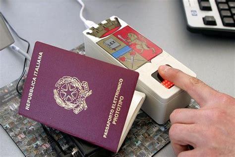 quanto costa rinnovare il permesso di soggiorno come rinnovare passaporto italiano all estero viaggiamo