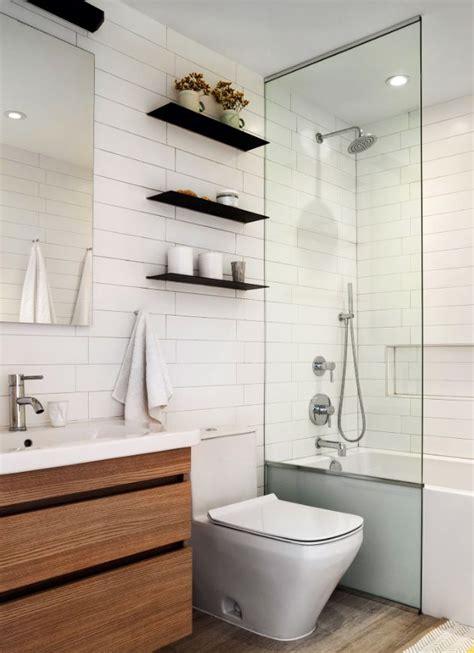narrow baths for small bathrooms best 25 long narrow bathroom ideas on pinterest narrow