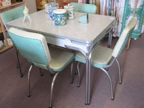 Retro Kitchen Furniture 50s Kitchen Furniture 1950 Retro Dining Set Vintage Chrome Table And Chairs For 1950 Kitchen