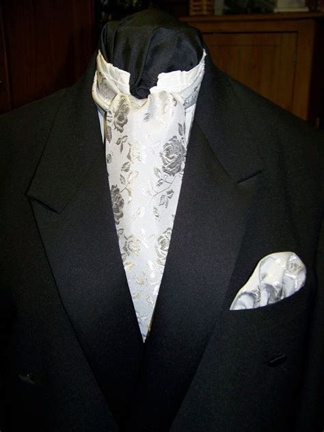 25  best ideas about Cravat tie on Pinterest   Cravat