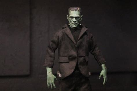 universal themes of frankenstein a closer look mezco s 2016 one 12 collective diskingdom