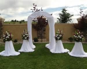 wedding arches columns corsage boutonnieres