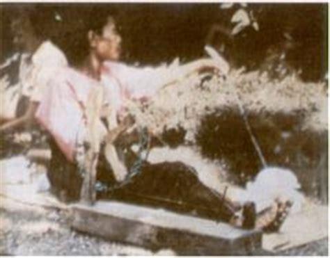 Kebaya Nilo tenun ikat maumere tenun ikat flores keragaman corak dan