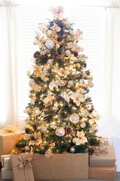 imagenes de adornos de arbol decoraci 243 n de 225 rboles de navidad 2018 2019 208 ecoraideas