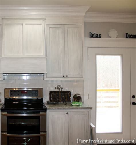 Waxing Kitchen Cabinets by House Beautiful Inspired Painted Kitchen Cabinets Farm
