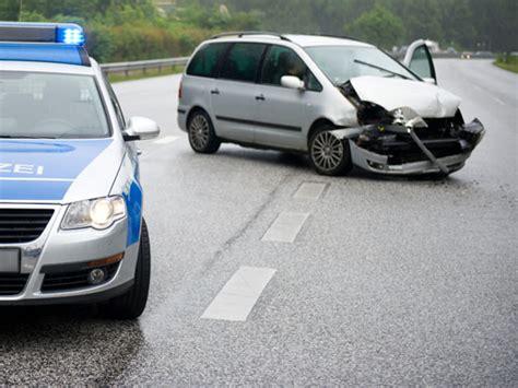 Autoversicherungen Mit Rabattschutz by Rabattschutz Sf Klasse Beim Unfall Erhalten Rabattretter