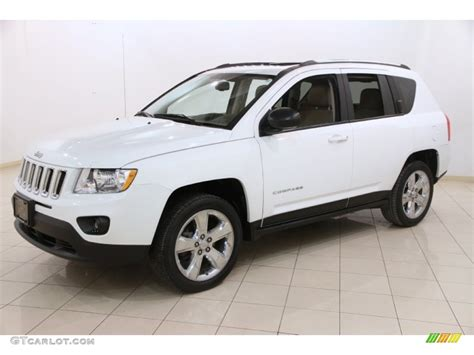 Jeep Compass 2011 White Bright White 2011 Jeep Compass 2 4 Limited 4x4 Exterior