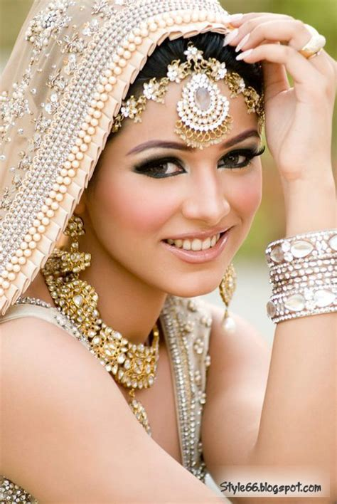 beautiful bridal makeup ladies special beautiful pakistani bridal makeup style 66