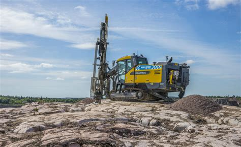 Atlas Records Contact Drilling Rig Manufacturer Demo Sets New Drilling Record