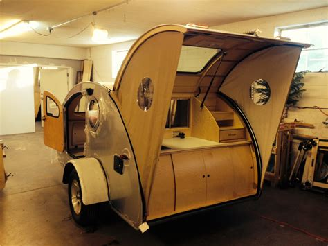 retro teardrop cer big teardrop vintage trailers pinterest teardrop trailer