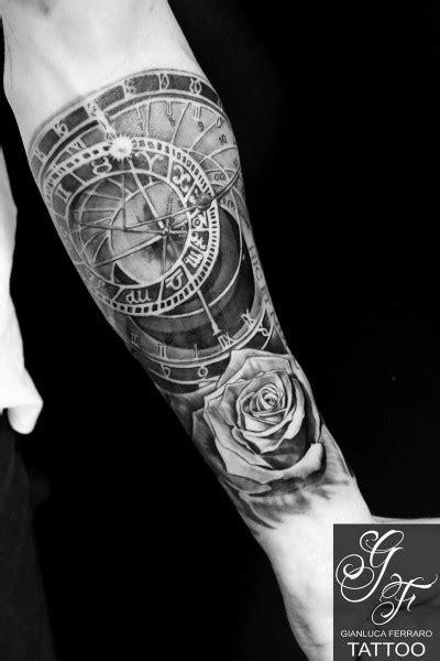 avambraccio fiori tattoo tatuaggi napoli naples italy realistic gianluca