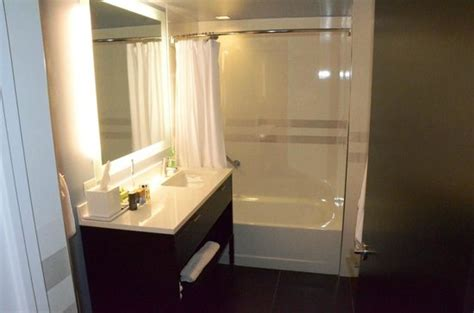 central park bathroom habitacion 4901 picture of residence inn new york