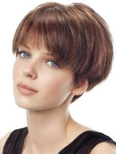 hairstyles for angular faces 25 best ideas about short wedge haircut on pinterest