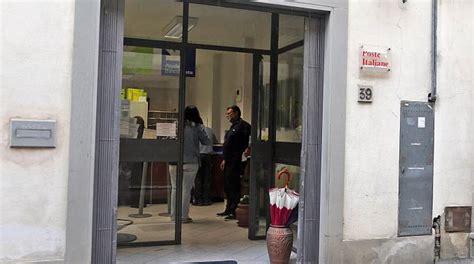 ufficio postale pontedera scandalo poste corsa a controllare i conti 171 ecco come