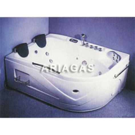 vasca idromassaggio 2 posti vasche idromassaggio vasca idromassaggio con tv vasca