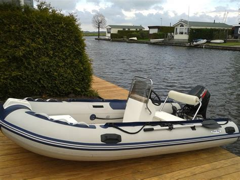 rubberboot met 4 pk motor watersportpark scharsterrijn te koop boten