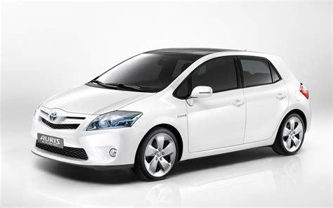 toyota white car white cars toyota white cars white background toyota auris