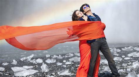 film india gerua dilwale s song gerua makes karan johar nostalgic the