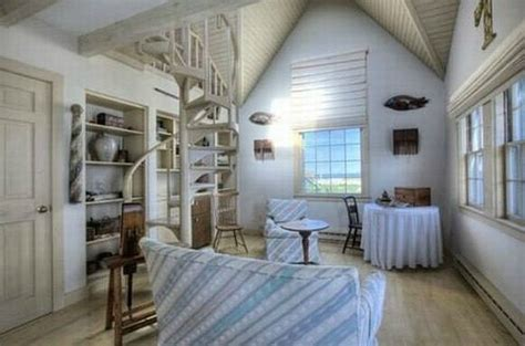 Decorating A Cape Cod Style Home taylor swift s 4 9 million cape cod beach house hooked