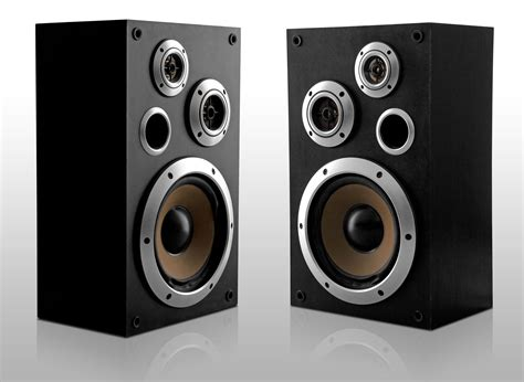 tips on how to safely clean your home stereo speakers