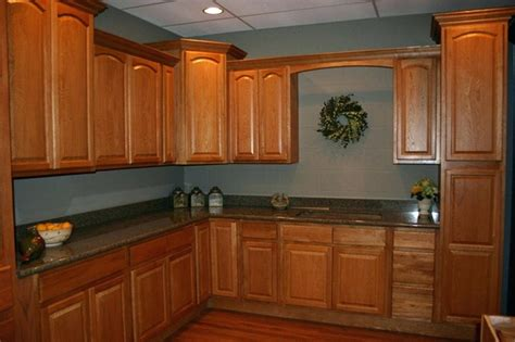 best wall color for kitchen with honey oak cabinets