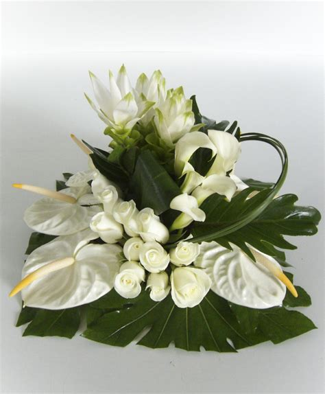 arrangement of flowers florist service everything marine