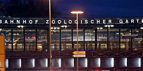 Bahnhof Zoologischer Garten Luggage Storage by Bahnhof Zoo Bleibt F 252 R Fern Und Regionalverkehr Weiter