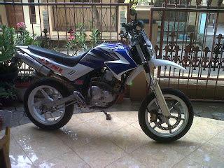 Spakbor Belakang Yamaha Dt125 Spakbor Belakang Trail Yamaha Dt125 Endu ainun s modifikasi yamaha scorpio