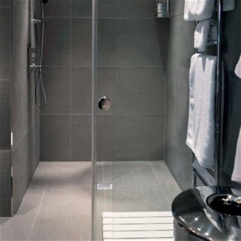 cabina doccia a pavimento piatto doccia a filo