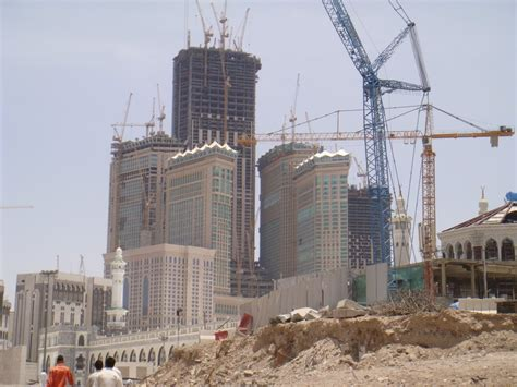 al bait panoramio photo of abraj al bait towers under construction