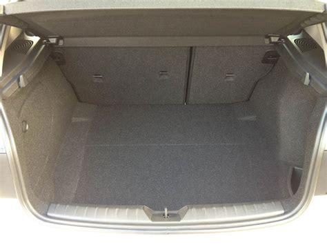 2 Car Garages bagageruimte bmw 1 serie carblogger