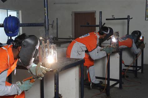 craftsmen institute corporate responsibility