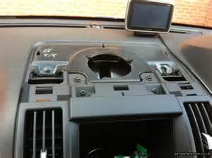 land rover freelander 2 2007 stereo removal