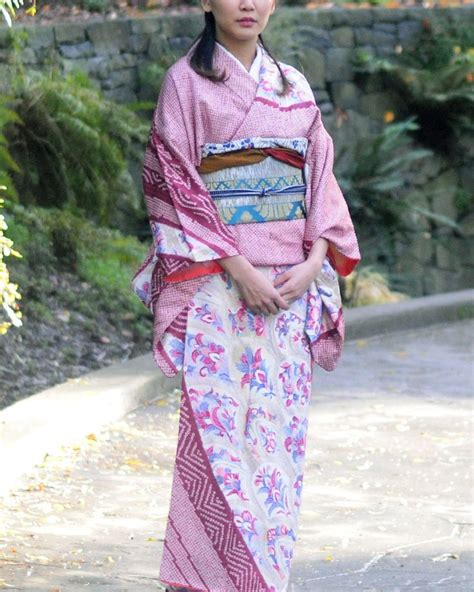 kimono water pattern vintage kimono 着物 pink shibori multi pattern products