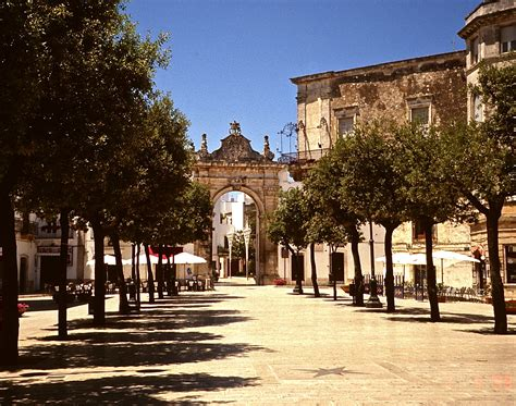 martina franca 301 moved permanently