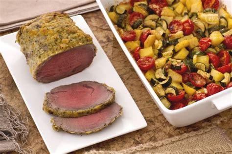 come si cucina il rosbif di vitello ricetta roast beef agli agrumi con teglia di patate
