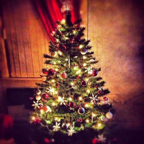 kelly hoppen s tips for christmas decorating boca do