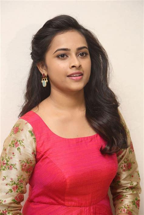 actress sri divya profile only actress sri divya biography