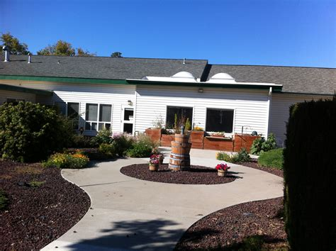 meadowbrook place assisted living community in baker city