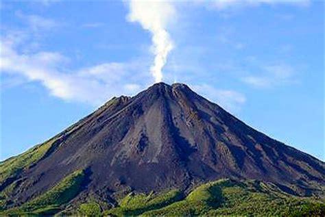 batu gmbr gunung meletus energi panas bumi dari gunung berapi