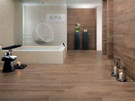 breite badewanne 33 bad fliesen modern muster und figuren sind in