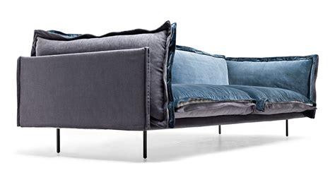 divani a tre posti divani quanto misurano il due o tre posti cose di casa