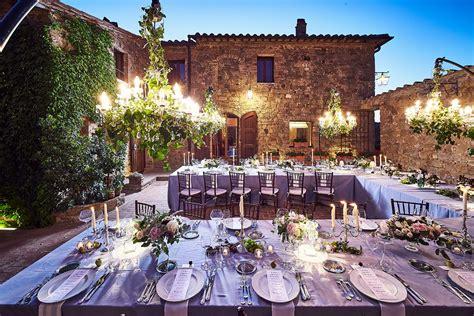 tavoli apparecchiati per natale allestimenti per matrimoni preludio catering piatti