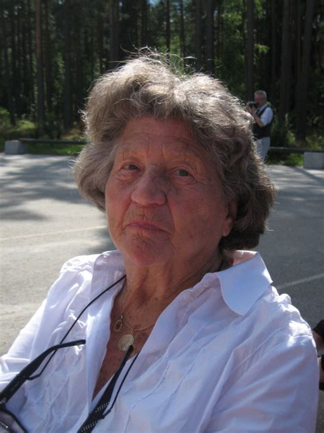 obituary for ilse luthens moehring