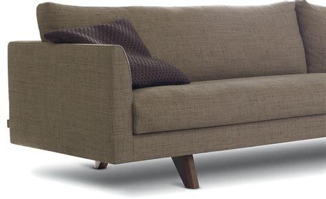 montis sofa axel sofa axel lounge chairs from montis architonic thesofa