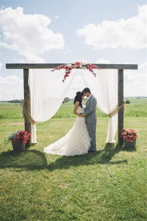 simple and beautiful outdoor wedding ideas